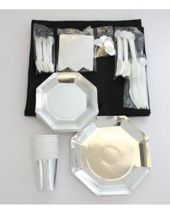 Kit Menaje Grande Plateado Platos Cubierto Mantel Negro